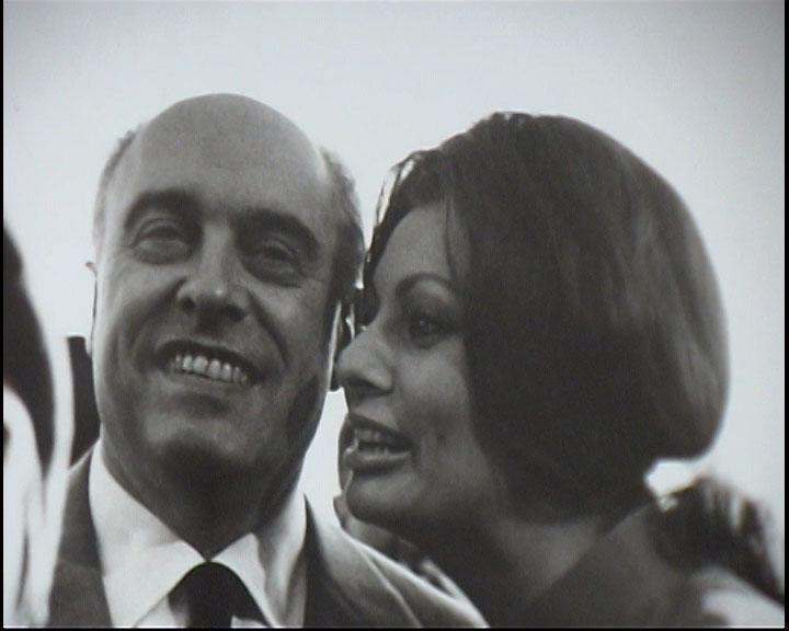 Rencontres photographiques de Roger Tarin dans le cadre du prix Zind-Kala-Wasté 2010 - Photo avec Sophia Loren et Carlo Ponti